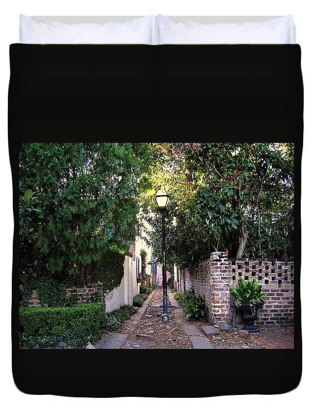 Lane Duvet Cover featuring the photograph Small Lane In Charleston by Susanne Van Hulst