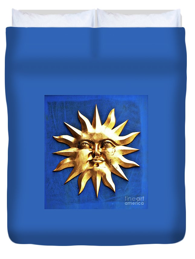 Sun Duvet Cover featuring the photograph Smiling Sunshine by Meirion Matthias