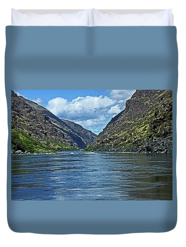 Landscape Duvet Cover featuring the photograph Snake River Hells Canyon by Ira Marcus