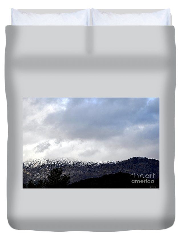 Clay Duvet Cover featuring the photograph Snow Line by Clayton Bruster