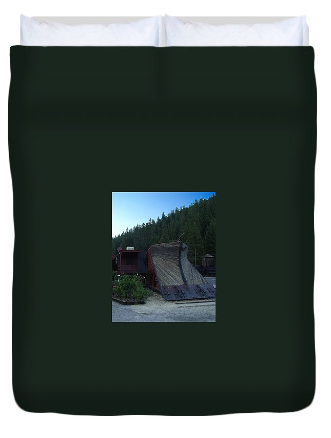 Train Duvet Cover featuring the photograph Snow Plow by Peter Piatt