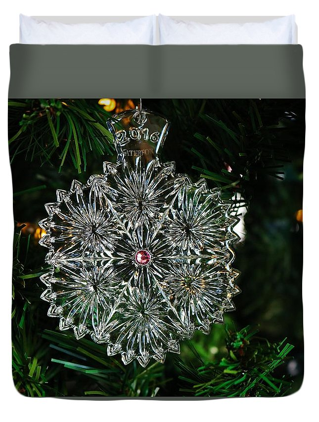 Snow Duvet Cover featuring the photograph Snowcrystal Ornament 2016 by Michiale Schneider