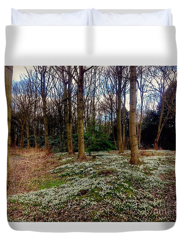 Snowdrops Duvet Cover featuring the photograph Snowdrop Woods 2 by Joan-Violet Stretch