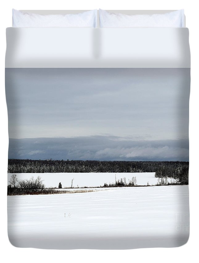 Landscape Duvet Cover featuring the photograph Snowy Lake by William Tasker