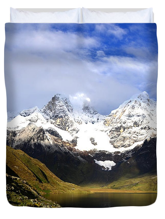 Snowy Duvet Cover featuring the photograph Snowy Mountains by Harry Coburn