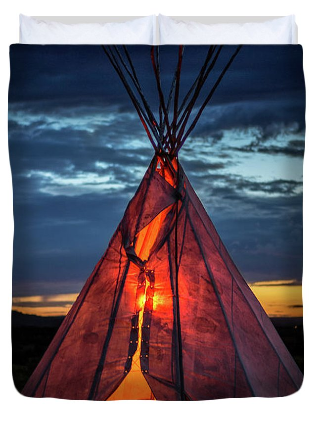Southwest Duvet Cover featuring the photograph Southwestern Teepee Sunset by Enrique Navarro
