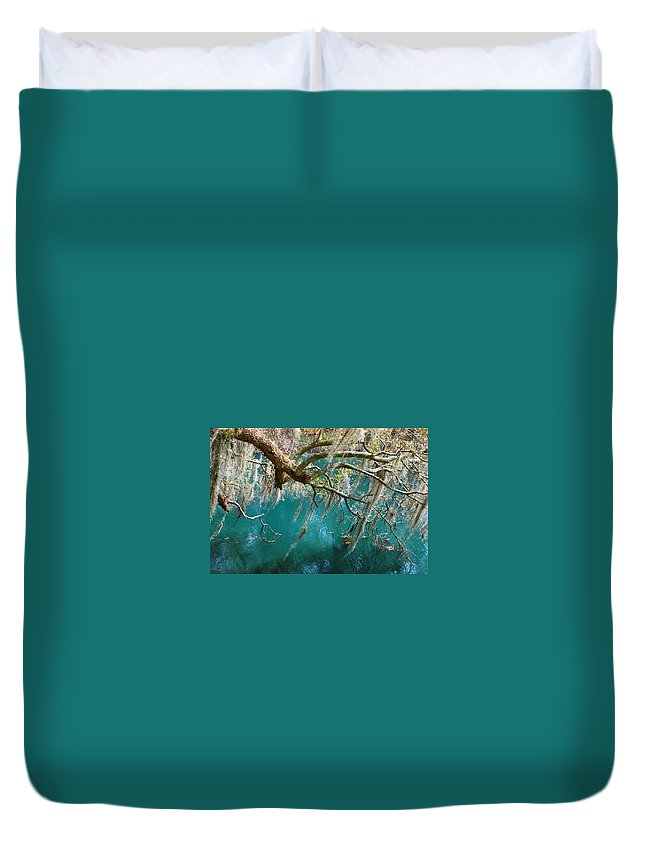 Emerald Green Water Duvet Cover featuring the photograph Spanish Moss And Emerald Green Water by Susanne Van Hulst