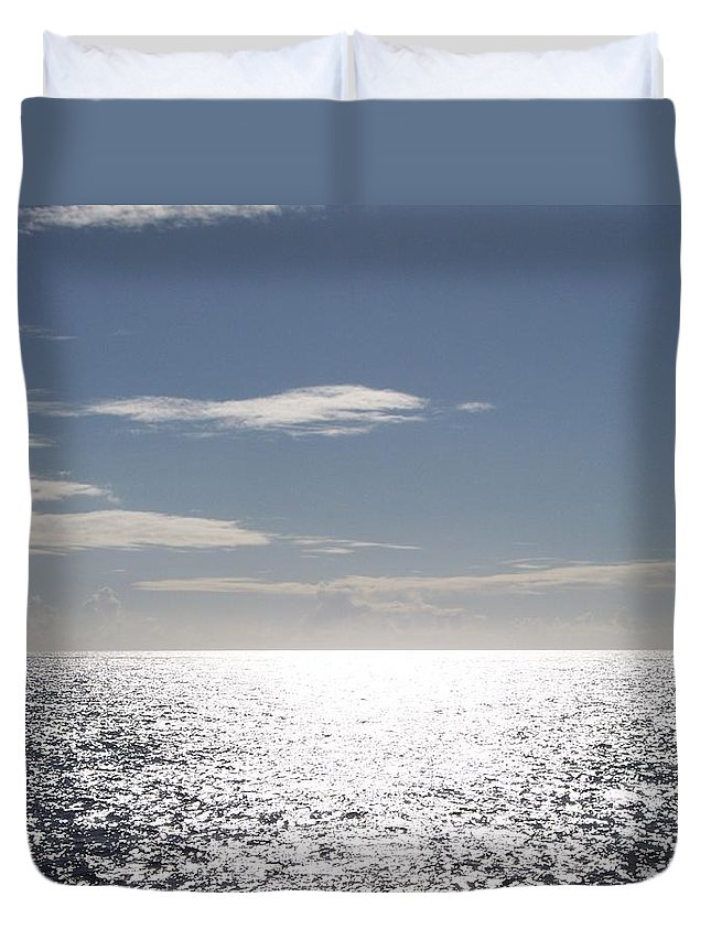 Ocean Duvet Cover featuring the photograph Sparkling Ocean by Michelle Miron-Rebbe