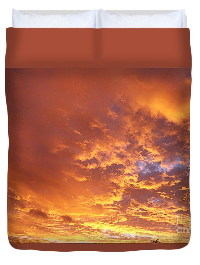 C1740 Duvet Cover featuring the photograph Spectacular Sunrise by Mary Van de Ven - Printscapes