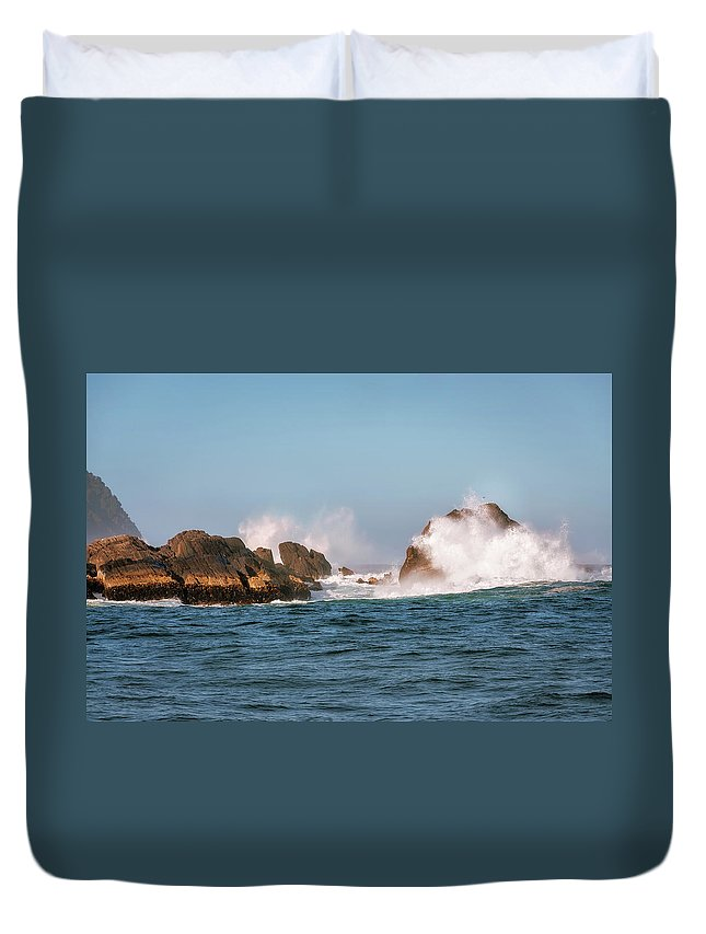 Fiordland National Park Duvet Cover featuring the photograph Spectacular Waves Smashing On The Rocks At Milford Sound Fjord O by Daniela Constantinescu