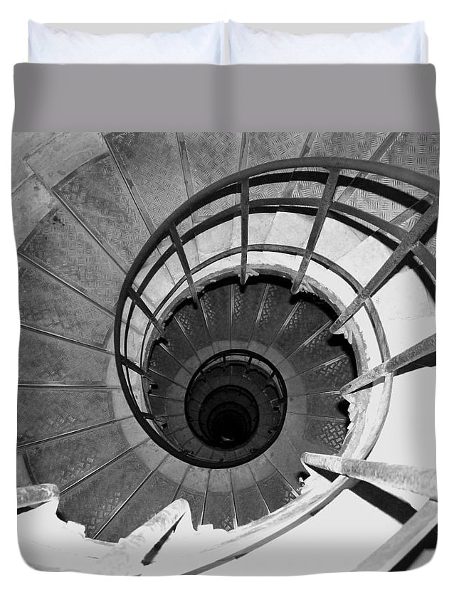 Spiral Staircase Duvet Cover featuring the photograph Spiral Staircase At The Arc by Donna Corless