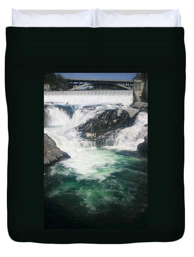 Water Falls Duvet Cover featuring the photograph Spokane Waterfalls by Anthony Jones