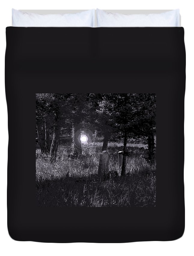 Digital Creation Duvet Cover featuring the photograph Spooky Spirit by D Nigon