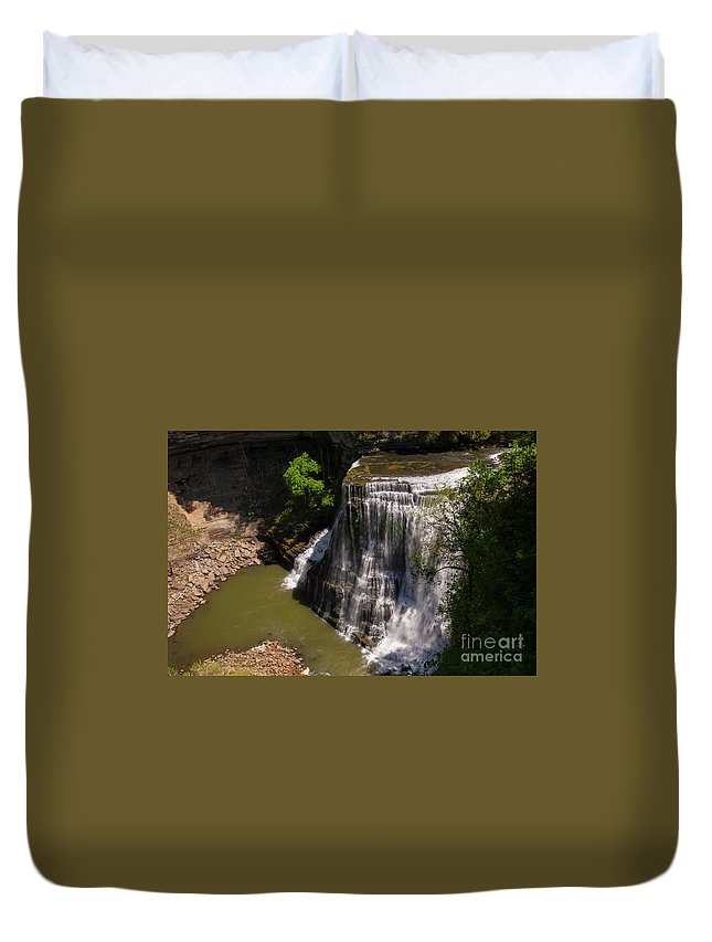 Burgess Falls State Park Duvet Cover featuring the photograph Spring Color At Burgess Lower Falls by Bob Phillips