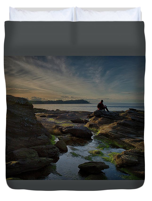 Rocks Duvet Cover featuring the photograph Spring Evening by Randy Hall
