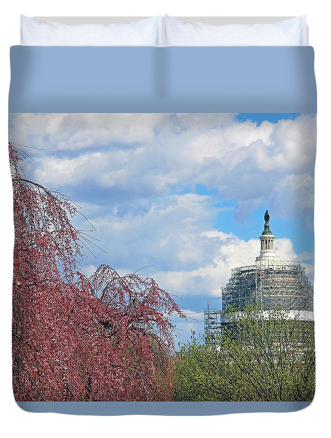 United Duvet Cover featuring the photograph Spring In Washington And Dressed In Scaffolding by Cora Wandel