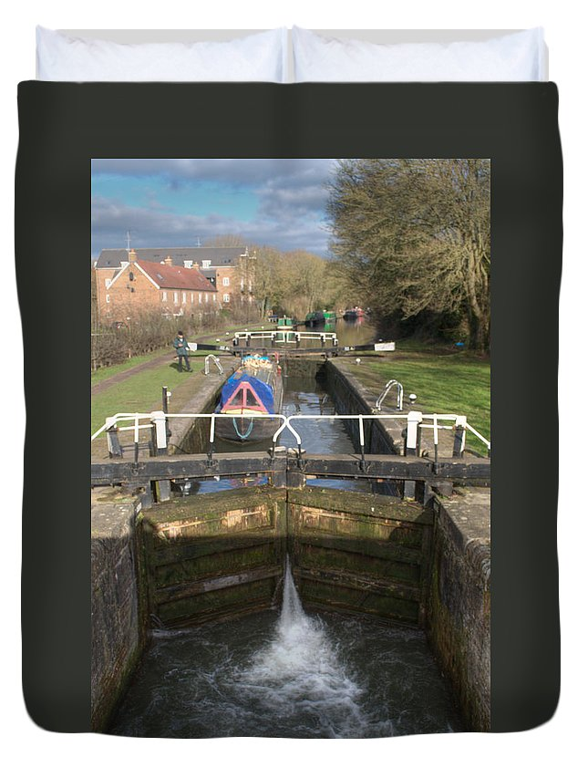 Springwell Duvet Cover featuring the photograph Springwell Lock Rickmansworth by Chris Day