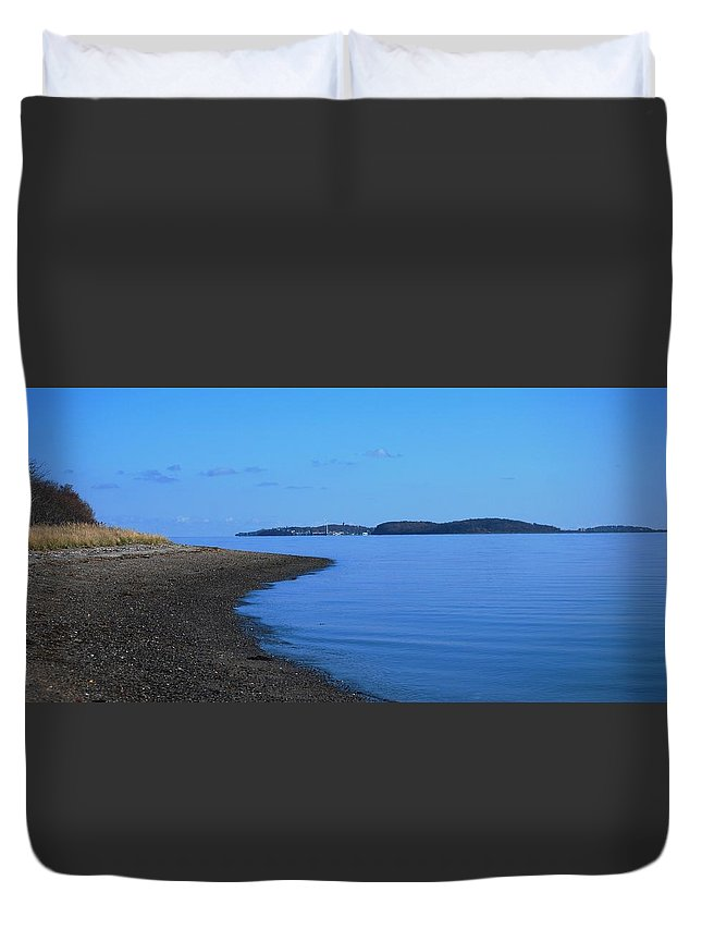 Squantum Shoreline Duvet Cover featuring the photograph Squantum Shoreline by Bill Driscoll