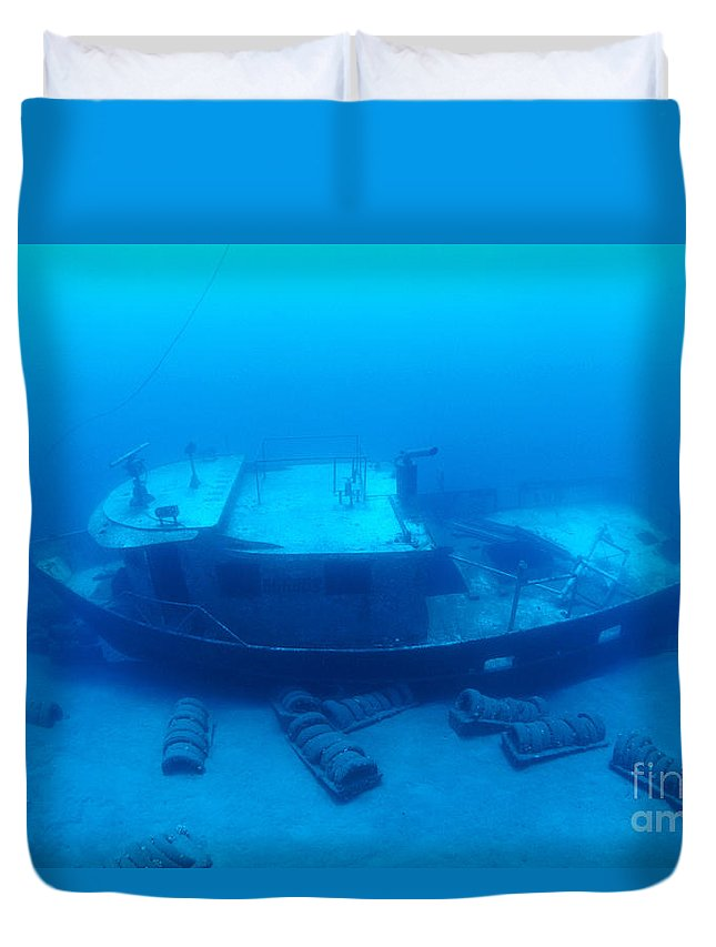 Anthony Duvet Cover featuring the photograph St. Anthony Wreck by Dave Fleetham - Printscapes