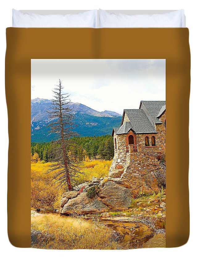 St. Catherine's Church Duvet Cover featuring the photograph St. Catherine's Church In Autumn by Robert Meyers-Lussier