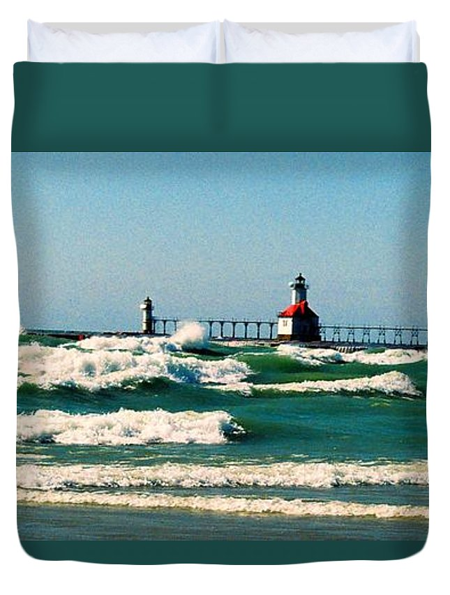 Stevensville Duvet Cover featuring the photograph St. Joseph River Lighthouse by Daniel Thompson