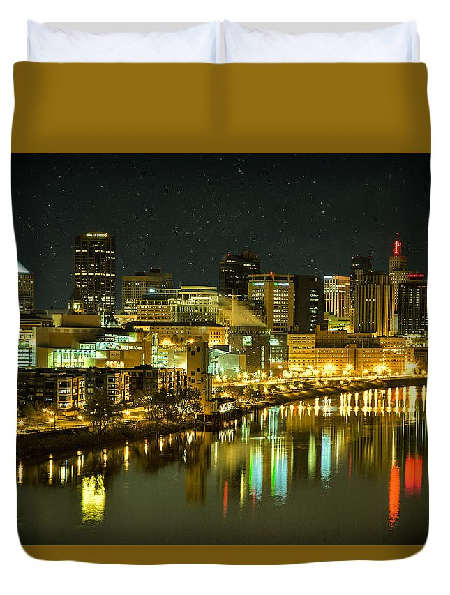 St. Paul In The Evening Duvet Cover featuring the photograph St. Paul In The Evening by Janet Ballard