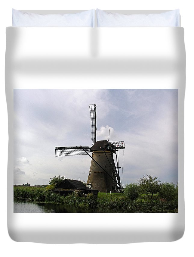 Windmill In Holland Duvet Cover featuring the photograph Standing Tall by Bill Arthur