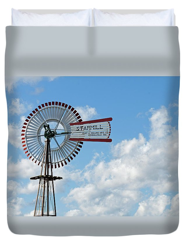 Windmill Duvet Cover featuring the photograph Starmill by David Arment