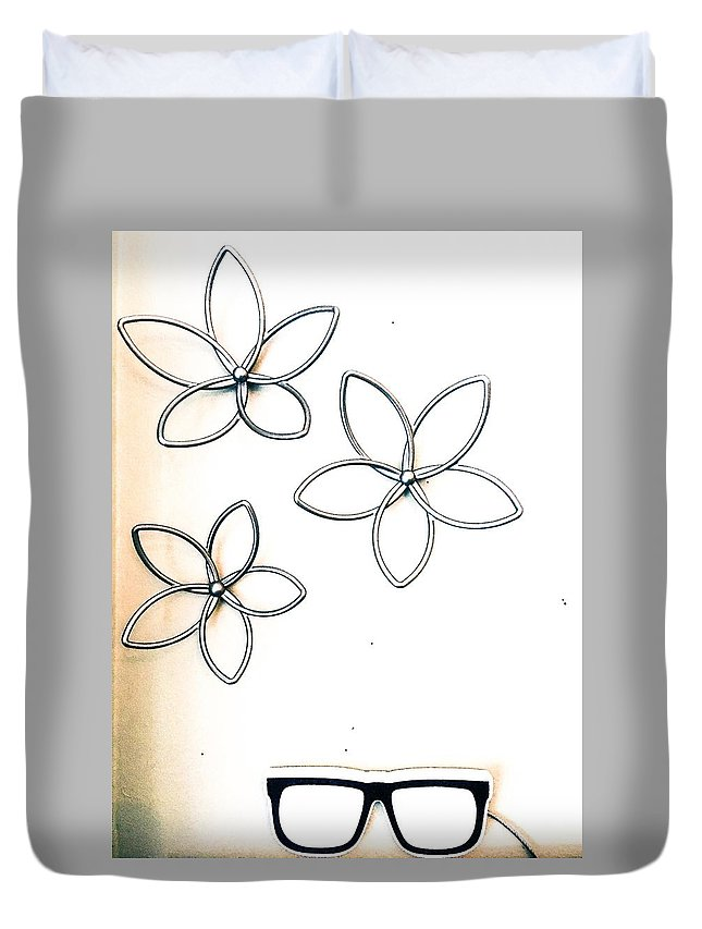 Flowers Duvet Cover featuring the photograph Stars And Glasses by Kendall Tabor