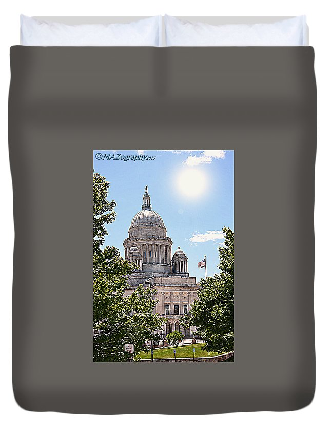 Providence Ri State House Duvet Cover featuring the photograph State House by Melissa Hicks