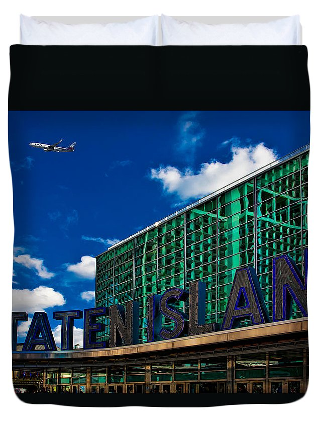 Staten Island Duvet Cover featuring the photograph Staten Island Ferry Terminal by Chris Lord