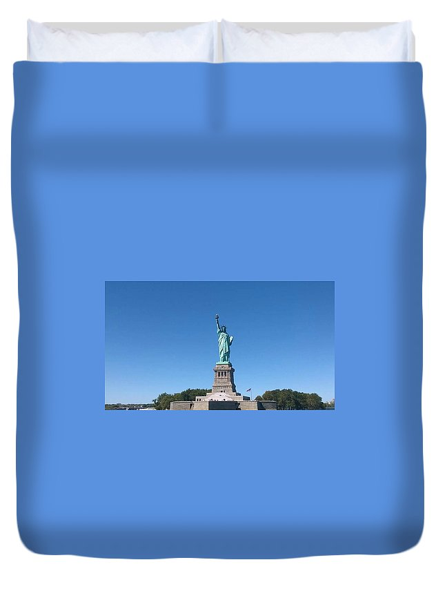 Color Duvet Cover featuring the photograph Statue Of Liberty by Michele Kaniarz