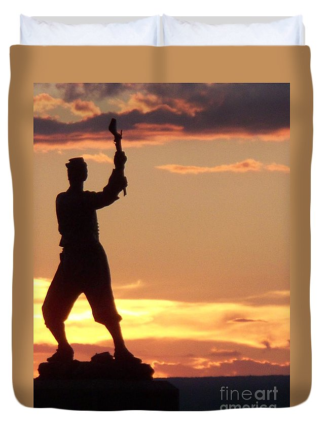 Statue Duvet Cover featuring the photograph Statue On Cemerty Ridge by Eric Schiabor
