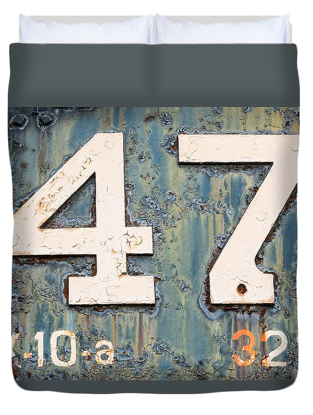 Pennsylvania Duvet Cover featuring the photograph Steam Engine 47 by Jeff Abrahamson