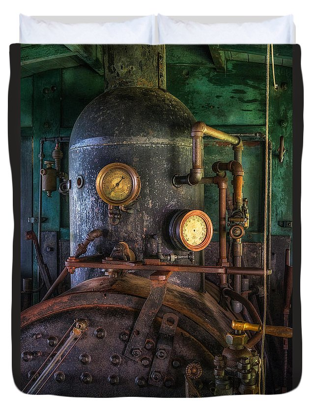 Steam Engine Duvet Cover featuring the photograph Steam Engine by Mark Papke