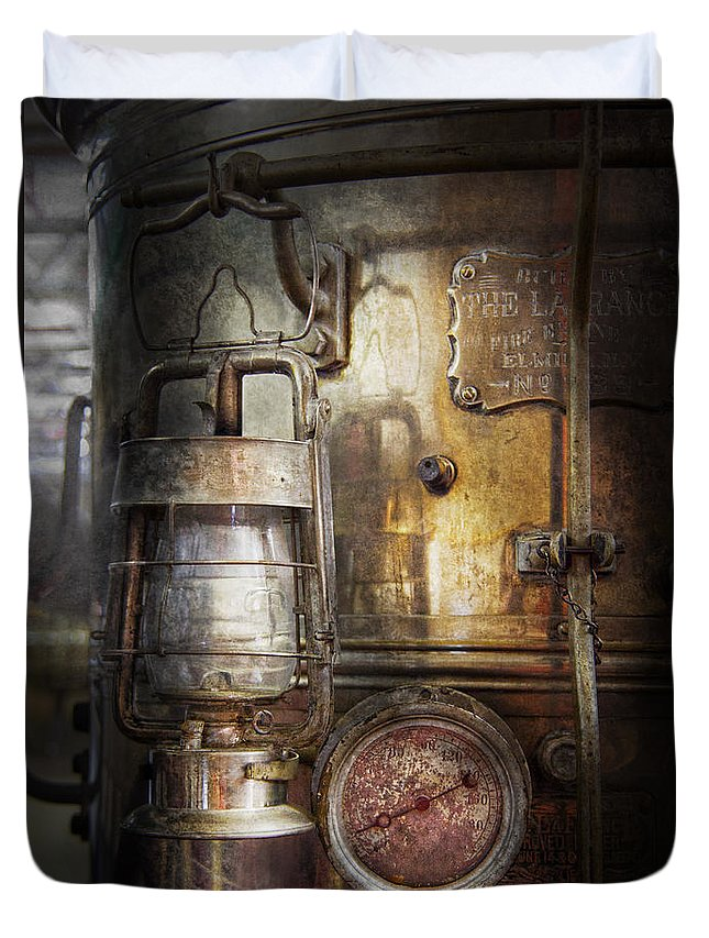 Hdr Duvet Cover featuring the photograph Steampunk - Silent Into The Night by Mike Savad