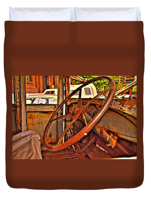 Cars Duvet Cover featuring the photograph Sterring Towards Classic by Francisco Colon