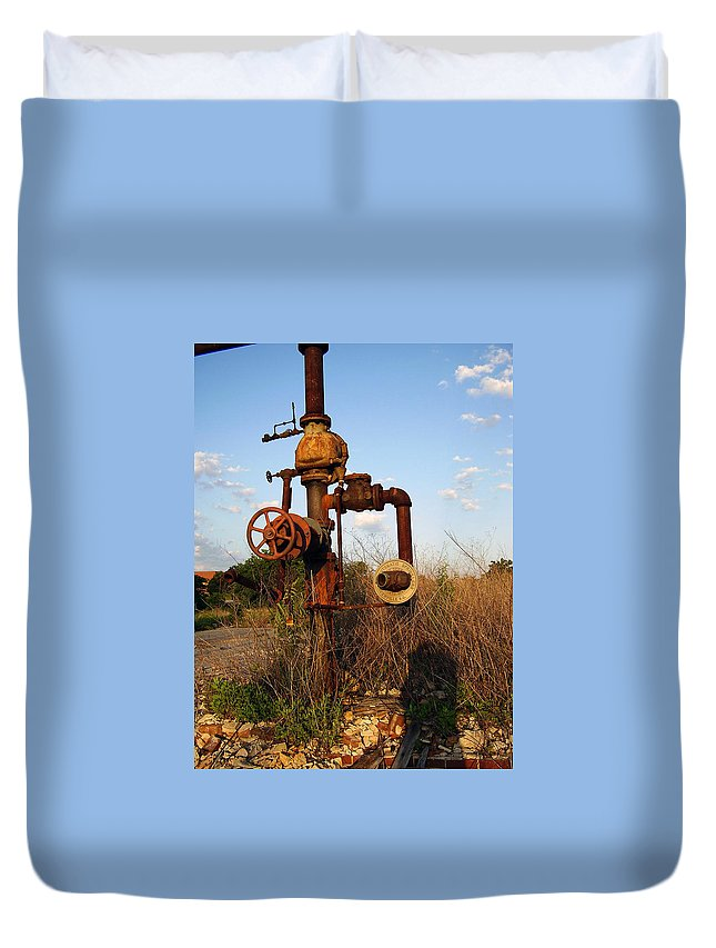 Pipes Duvet Cover featuring the photograph Still Here by Flavia Westerwelle