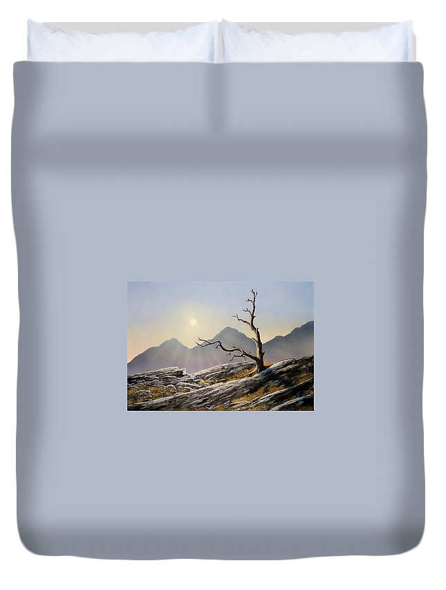 Still Standing Duvet Cover featuring the painting Still Standing by Frank Wilson