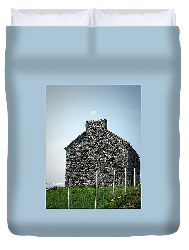 Irish Duvet Cover featuring the photograph Stone Building Maam Ireland by Teresa Mucha