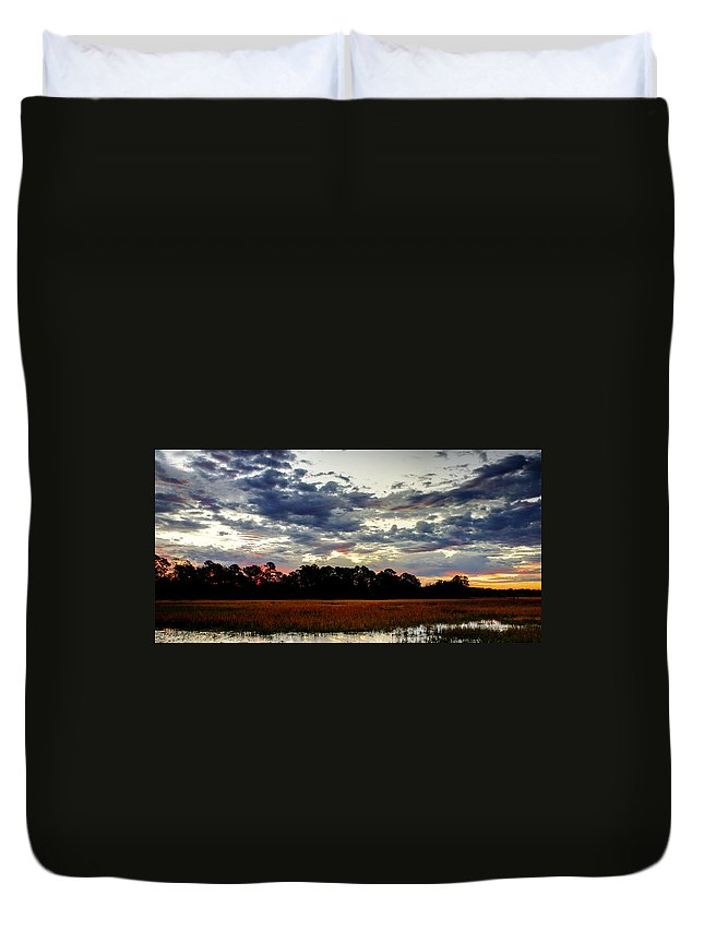 Canvas Duvet Cover featuring the photograph Stormy Morning by Phill Doherty