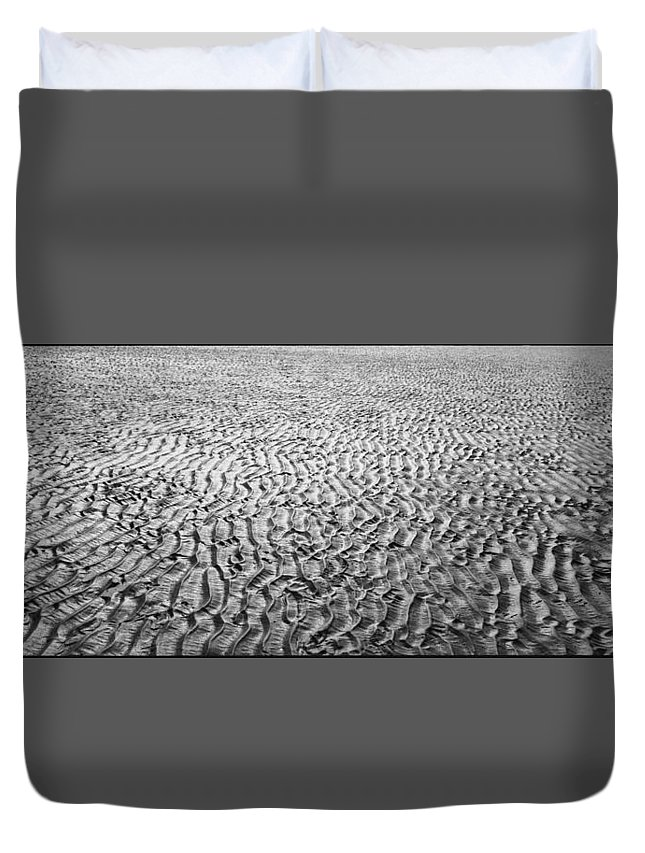 Seaside Duvet Cover featuring the photograph Strand #7 - Beach #7 by Simon Hillmann