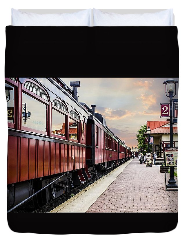 Strasburg Duvet Cover featuring the photograph Strasburg Railroad by Tammy Chesney