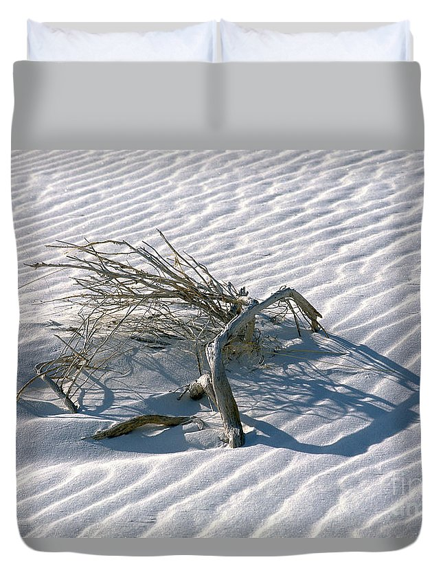White Sands Duvet Cover featuring the photograph Struggle To Survive by Sandra Bronstein