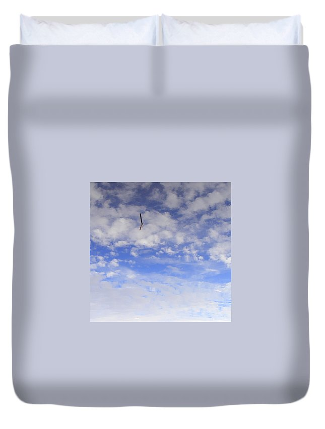 Sky Duvet Cover featuring the photograph Stuck In The Clouds by Ed Smith