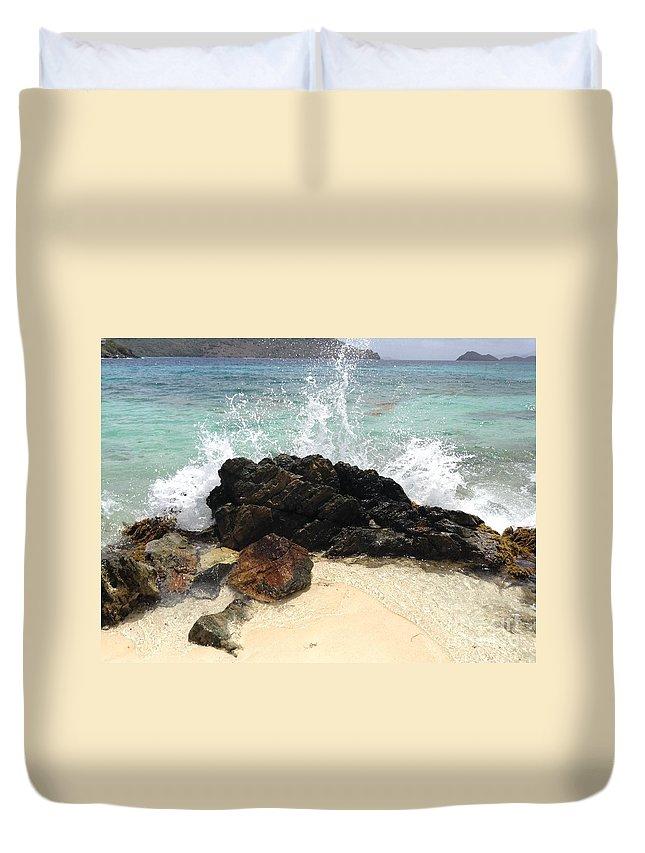 St. Thomas Duvet Cover featuring the photograph Sugar Beach Splash by Gina Sullivan