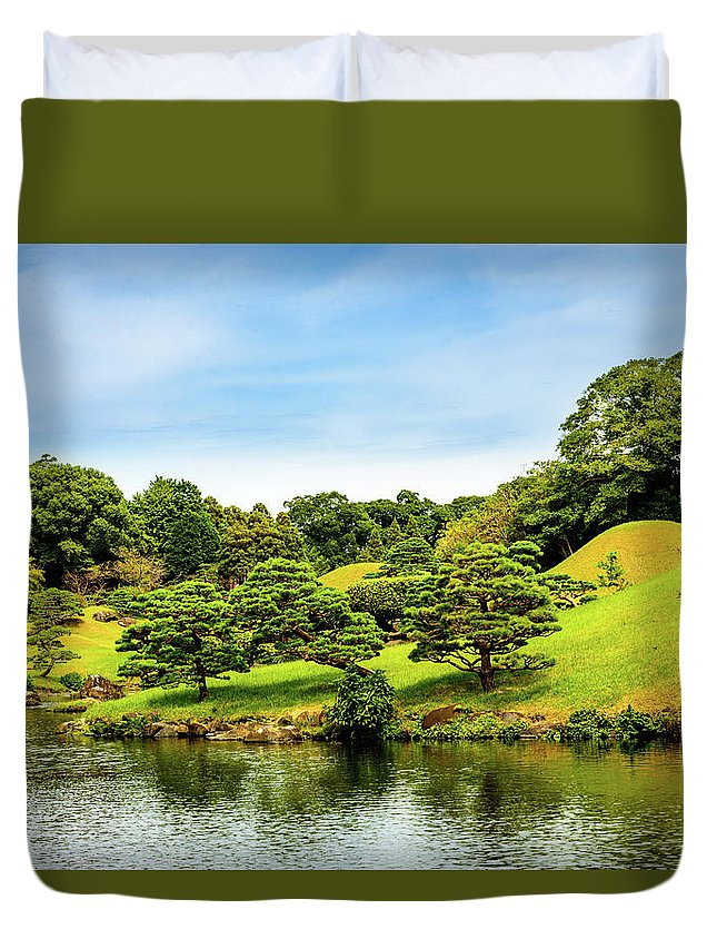 Asia Duvet Cover featuring the photograph Suizenji Lake by Michael Scott