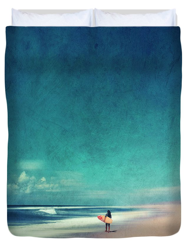 Landscape Duvet Cover featuring the photograph Summer Days - Abstract Seascape With Surfer by Dirk Wuestenhagen
