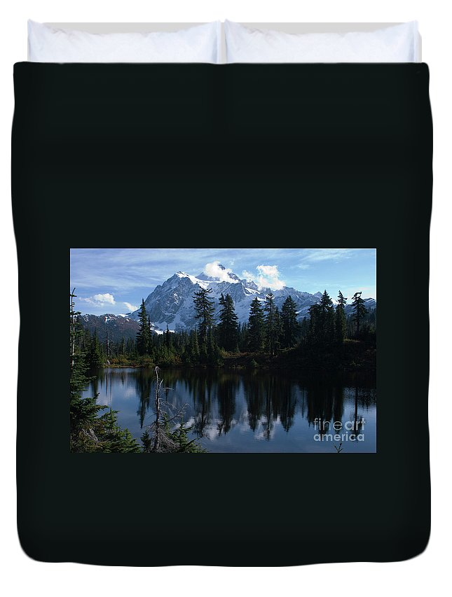 Mountain Duvet Cover featuring the photograph Summer Dreams by Rod Wiens