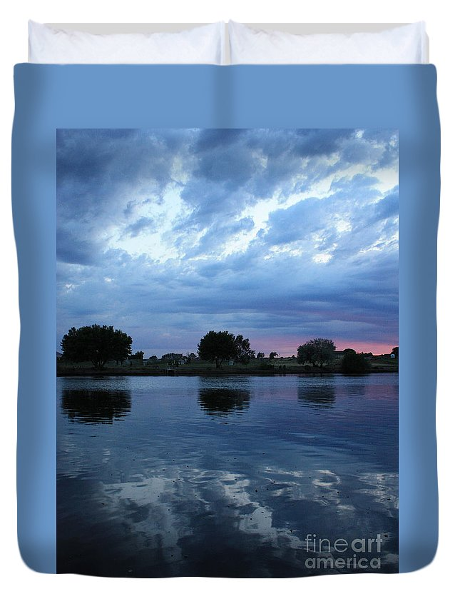 Blue Duvet Cover featuring the photograph Summer Sunset On Yakima River 5 by Carol Groenen